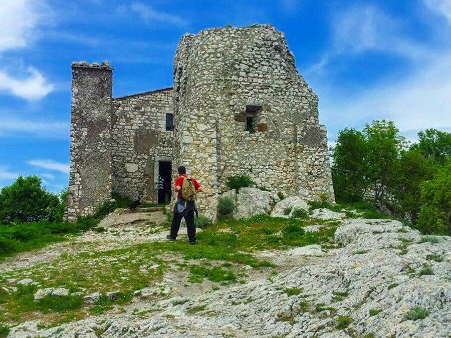 AL COMPLETO Sul Monte Soratte: Tra Boschi secolari ed Eremi (Sabato) – 27 febbraio 2021