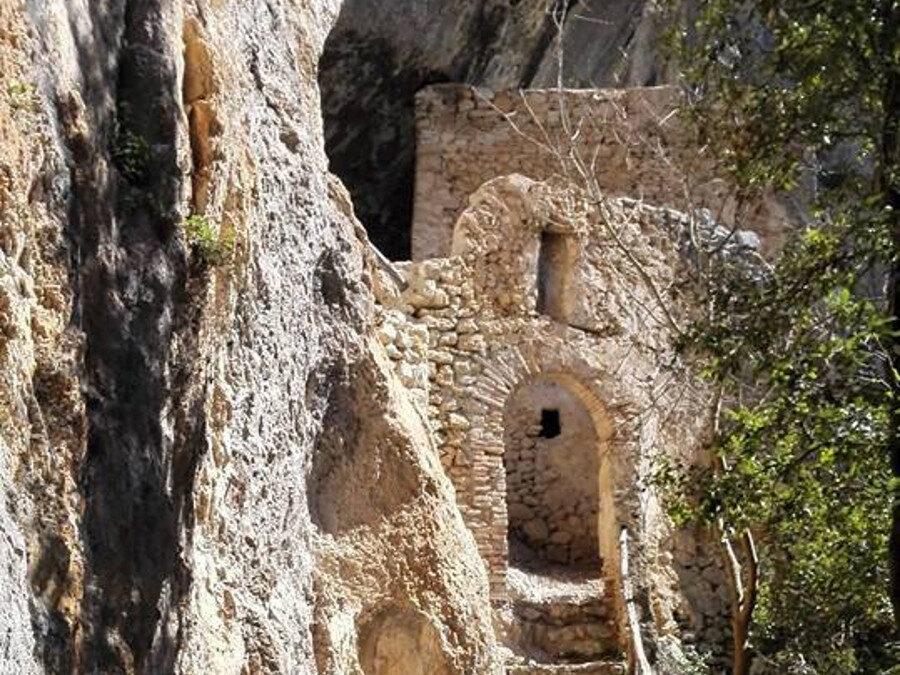 Il Borgo di Roccantica, l'Eremo di S. Leonardo e la Mola della Comune – 20 dicembre 2020